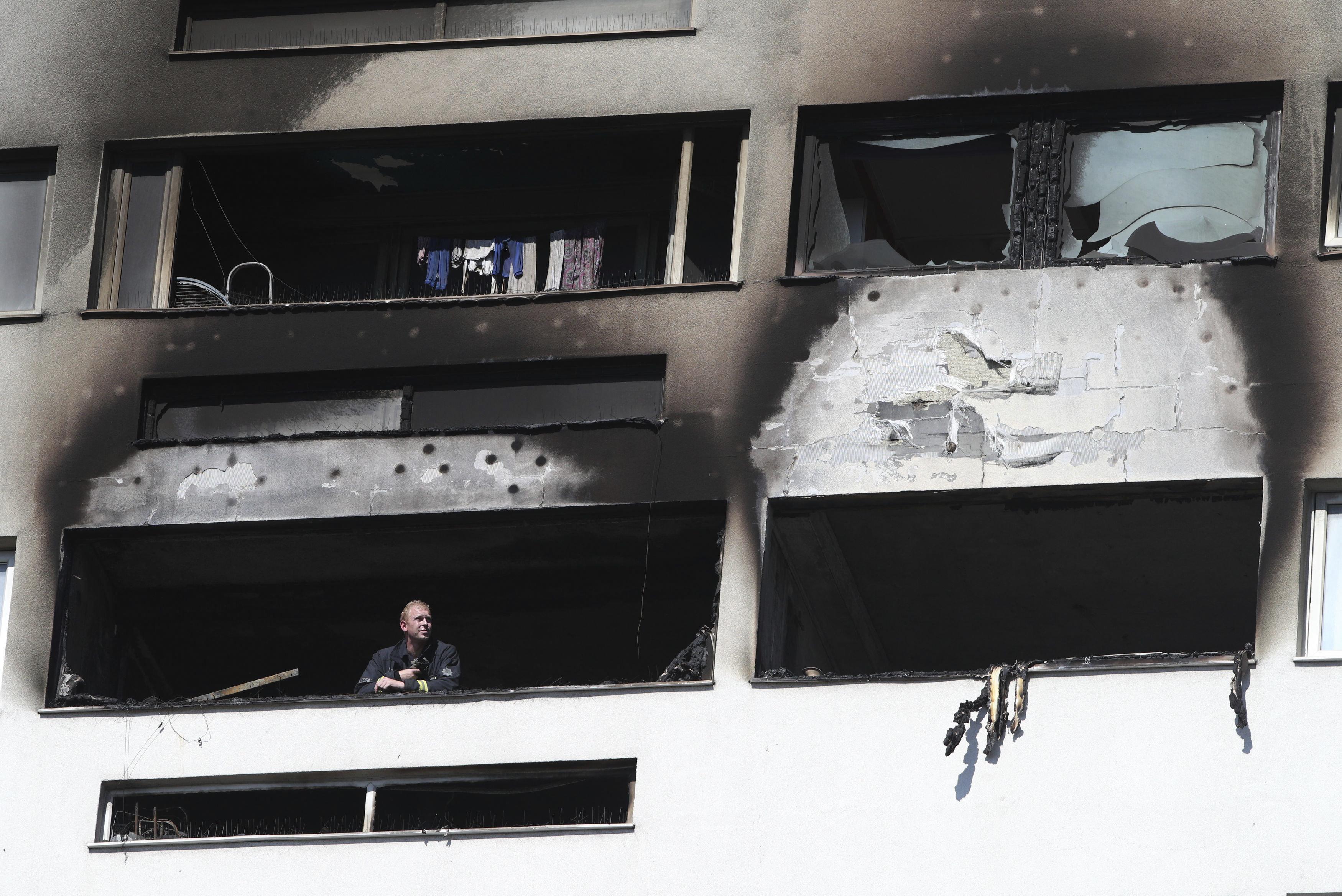 Φωτιά σε διαμέρισμα στην Κυψέλη: Γυναίκα πήδηξε από τον 5ο όροφο