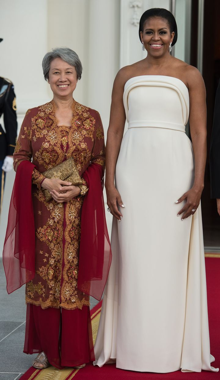 First lady Michelle Obama and Singapore's Ho Ching, wife of Prime Minister Lee Hsien Loong, before a state dinner at the Whit
