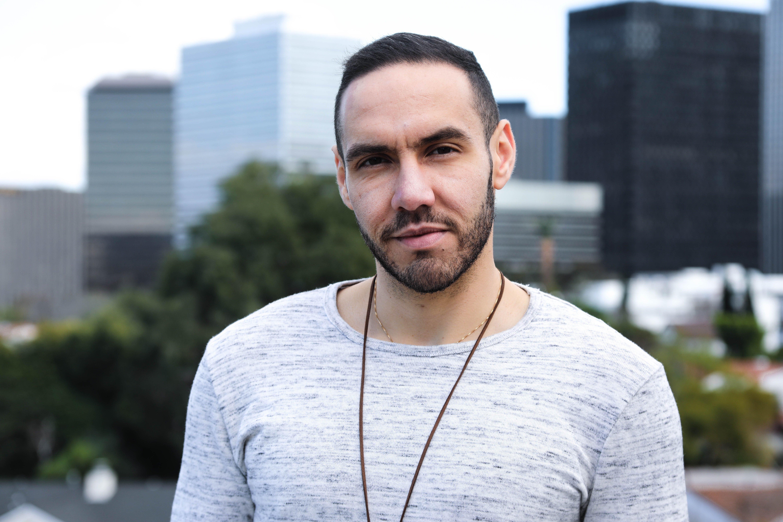 Ce jeune tunisien créé sa marque de Streetwear aux États-Unis: À la rencontre d'Aziz