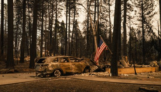L'incendie le plus meurtrier de Californie poursuit sa