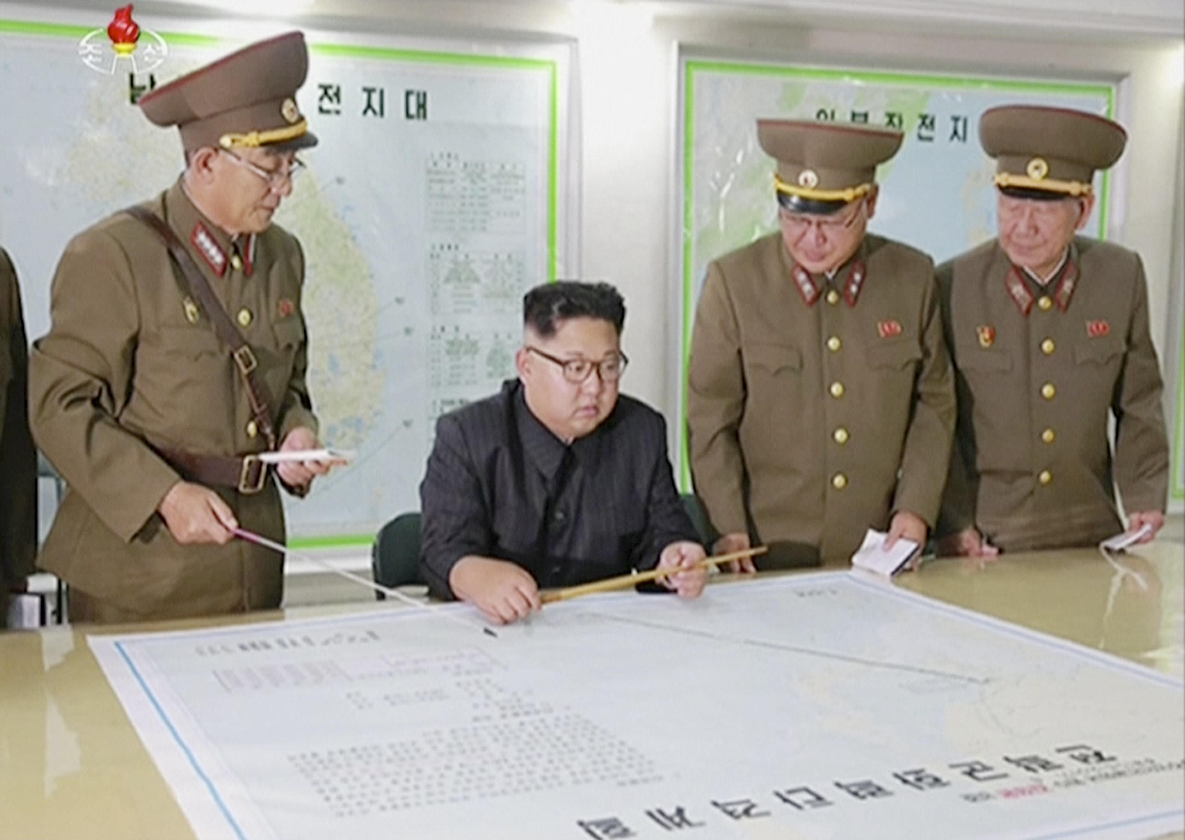 Neue Bilder zeigen, wie geschickt Nordkoreas Diktator Kim Jong-un die Welt