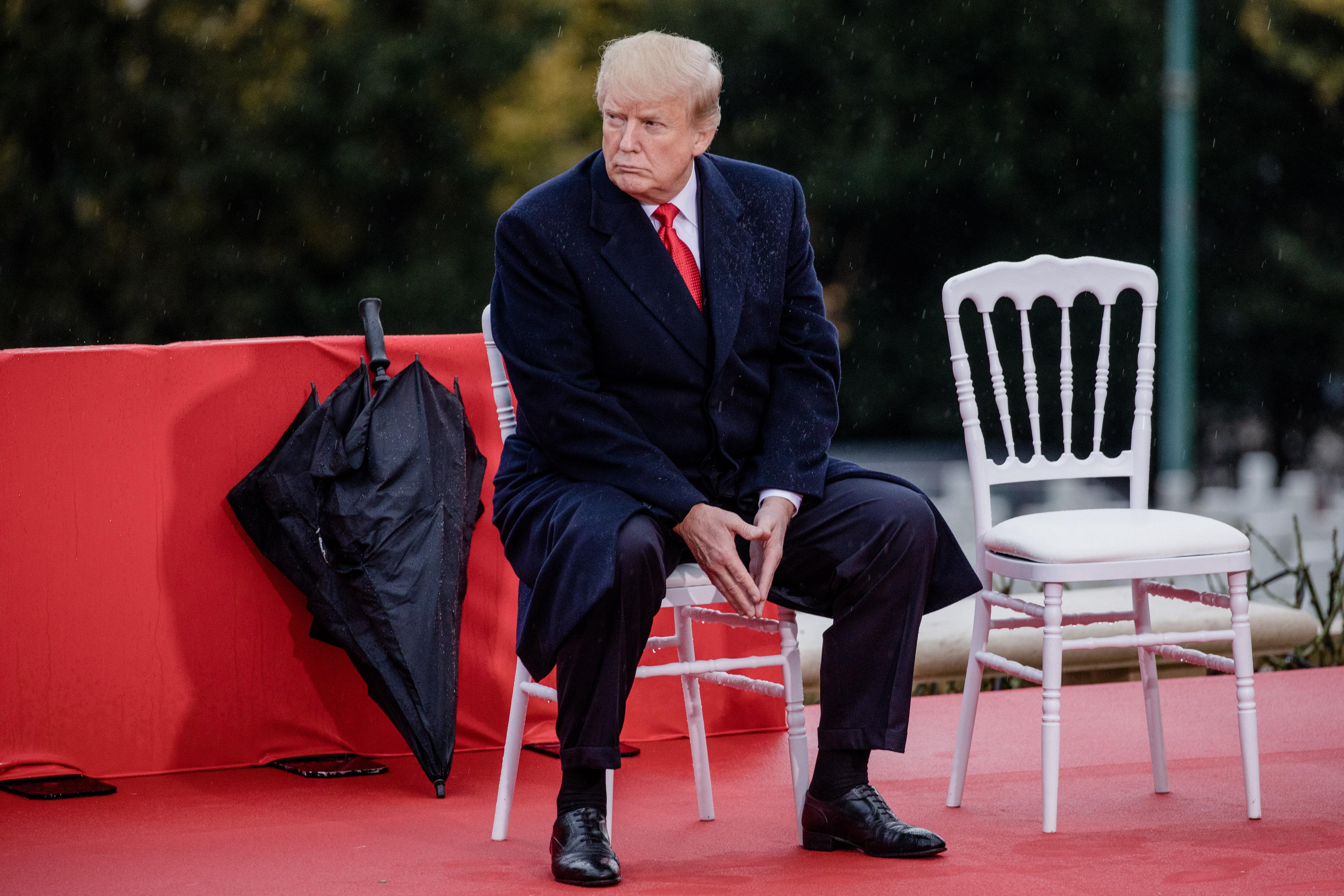 세계 지도자들이 모인 자리에서, 트럼프는