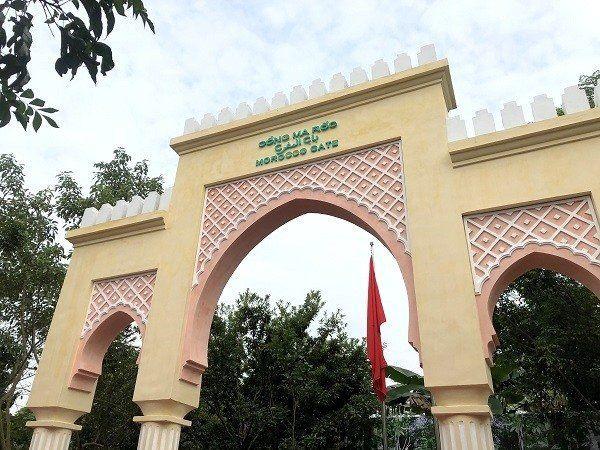 La porte marocaine de Hanoï au Vietnam vient de faire peau