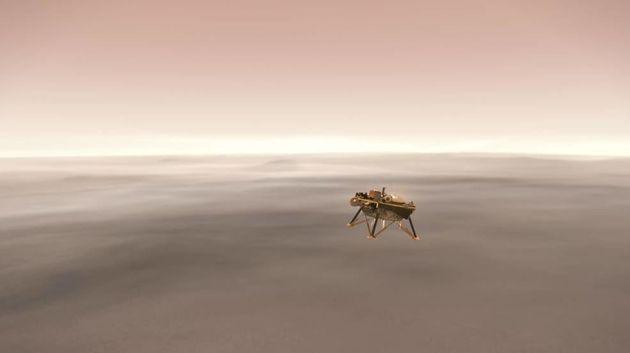 11월 26일, 화성탐사선의 착륙장면을 침대에서 볼 수