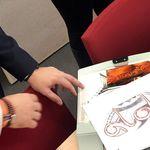 Bayern: Mann will sich tätowieren lassen, dann schreitet die Polizei