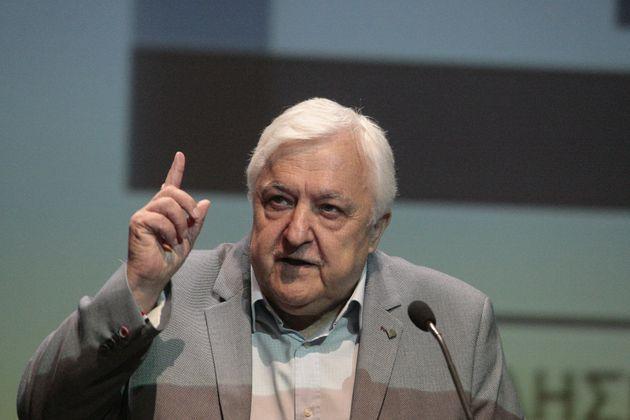 Ο Αλέκος Παπαδόπουλος στη HuffPost: «Μόνο χάρτινες λύσεις σε αυτή τη