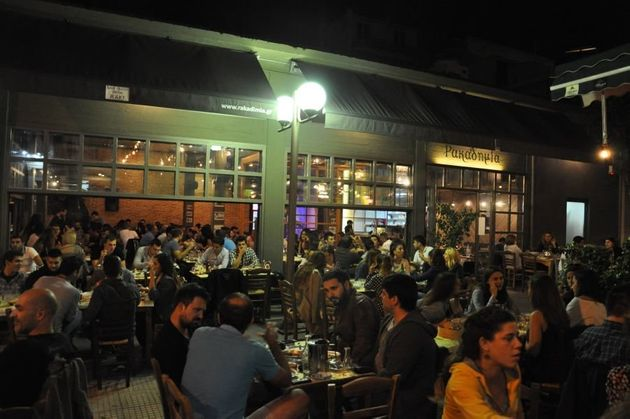 Η HuffPost σε τσιπουράδικα της Αθήνας: Γιατί
