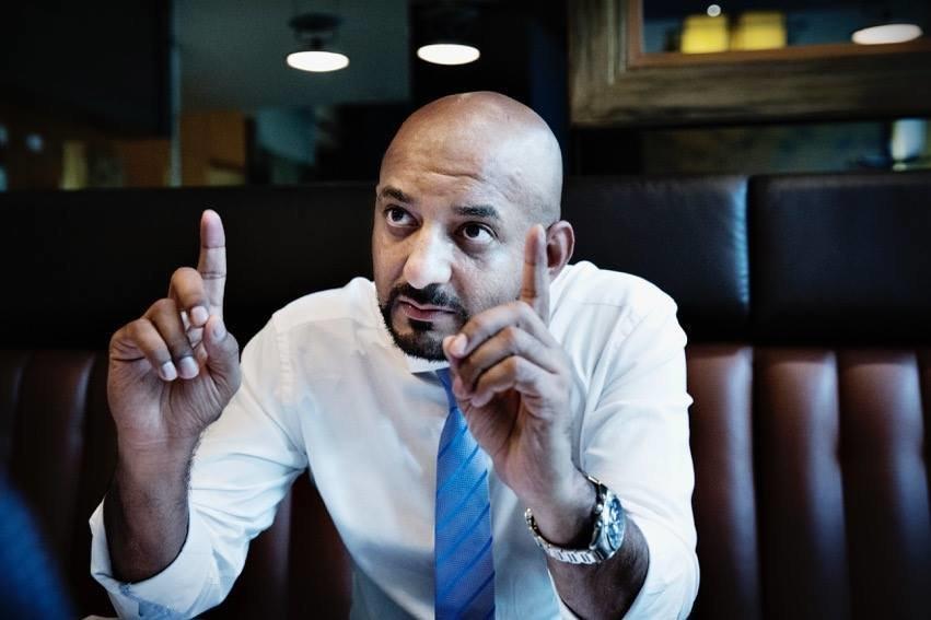 Shams Ul-Haq, deutscher Terrorismus-Experte und Undercover-Journalist mit pakistanischen Wurzeln.