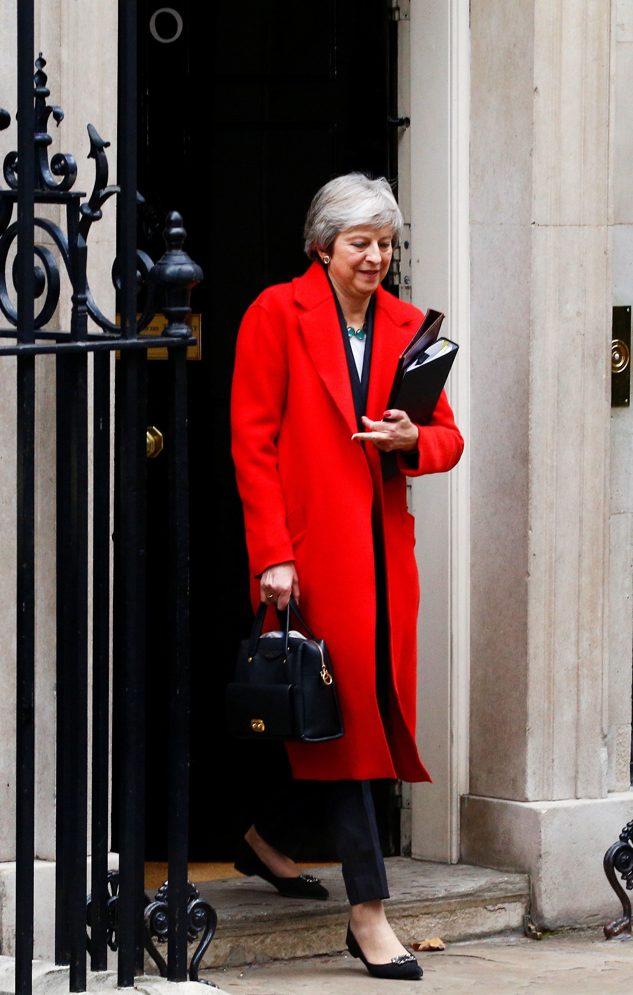 Britain's Prime Minister, Theresa May, leaves 10 Downing Street, to make a statement in the House of Commons, in London, Britain November 15, 2018.    REUTERS/Henry Nicholls