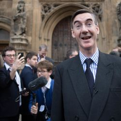Jacob Rees-Mogg Demands Theresa May Resign - As Tory MPs Savage Brexit
