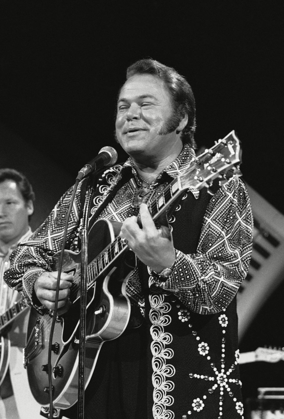 Country music singer Roy Clark, who co-hosted the long-running variety show <i>Hee Haw</i> with Buck Owens, died Nov. 15