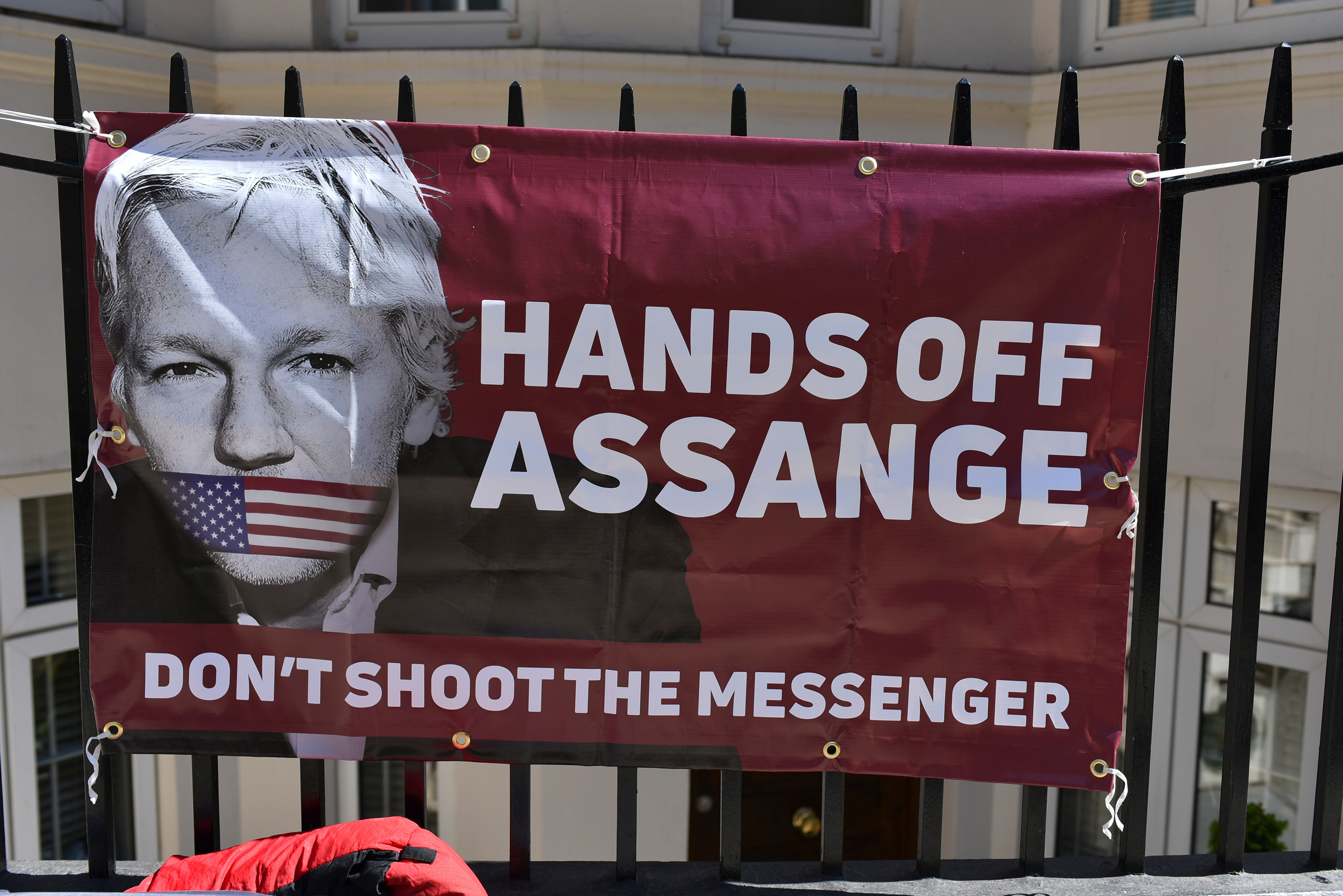 Department Of Justice Accidentally Reveals Julian Assange Has Been 'Charged In