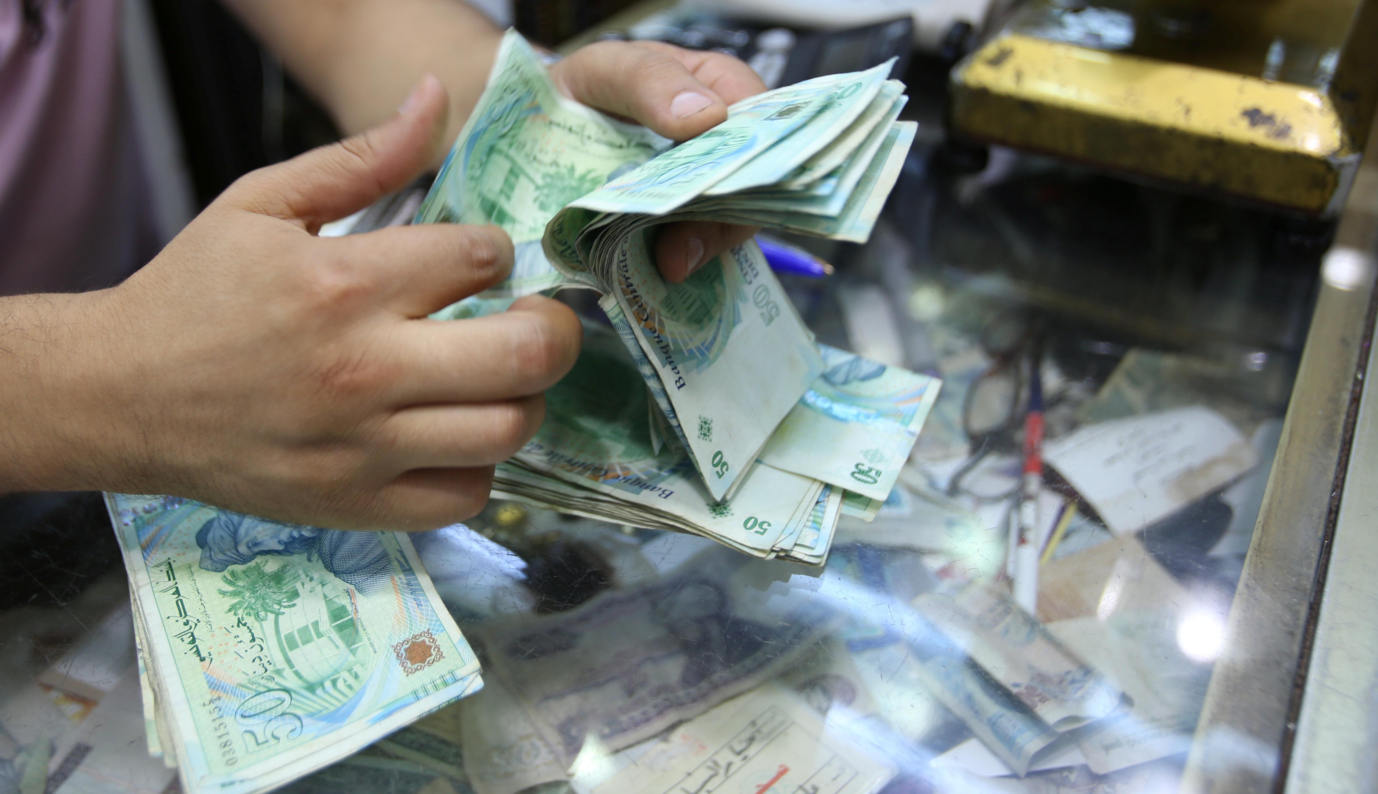 Les Tunisiens recourent de plus en plus aux crédits bancaires selon l'Institut National de la