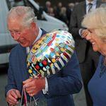 Ολα όσα συνέβησαν στο πάρτι γενεθλίων του πρίγκιπα Κάρολου και το «κρύο» αστείο της