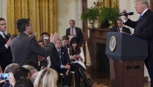 Viré de la Maison Blanche par Trump, un journaliste de CNN obtient gain de cause devant la