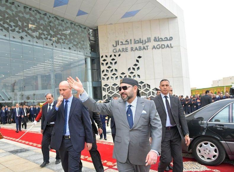 Le roi inaugure la nouvelle gare de
