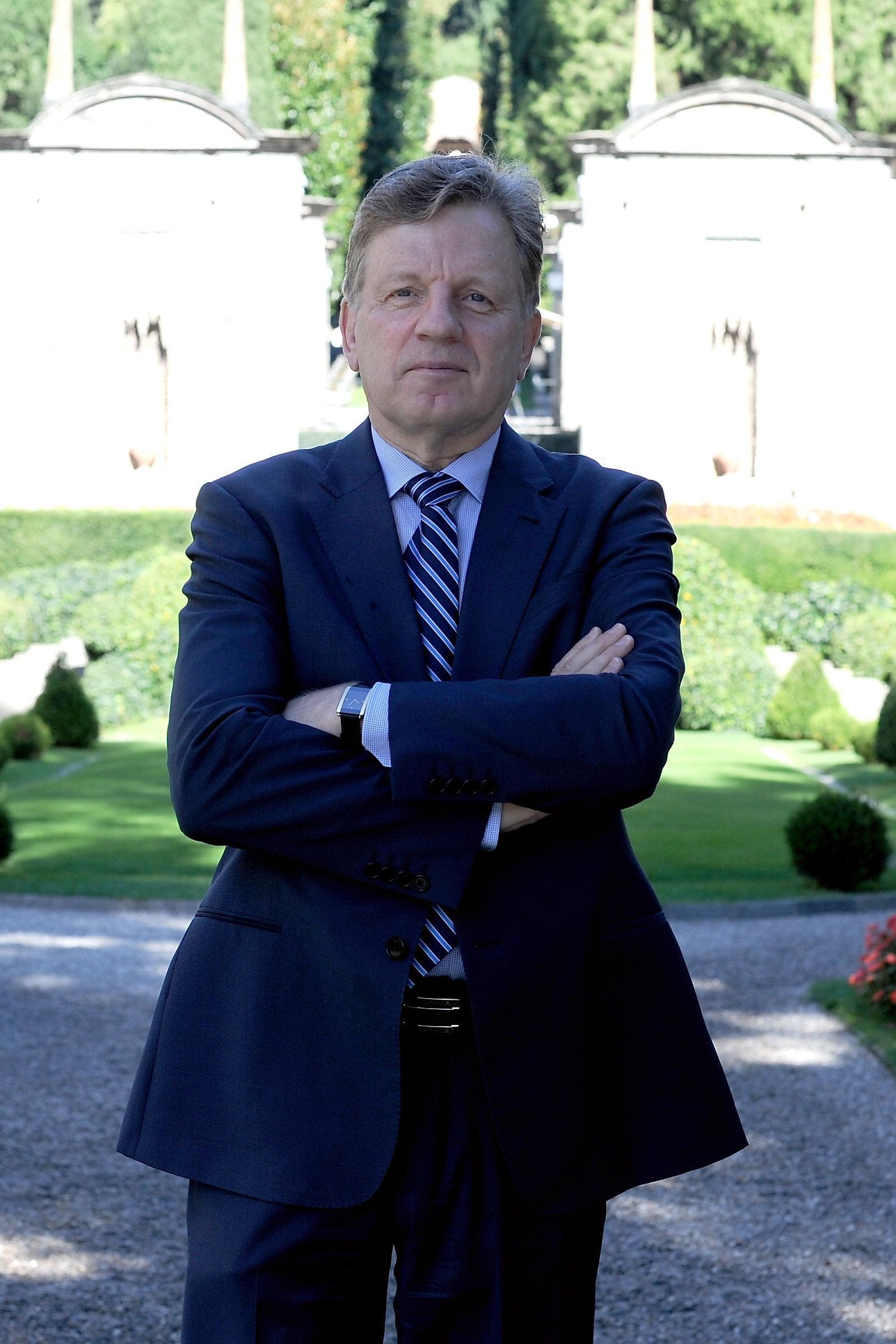 O πρώην πρωθυπουργός της Φινλανδίας,Εσκο Άχο στη HuffPost: Δουλειά ενός πρωθυπουργού δεν είναι η
