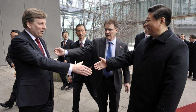 Ο Εσκο Άχο με τον Πρόεδρο...