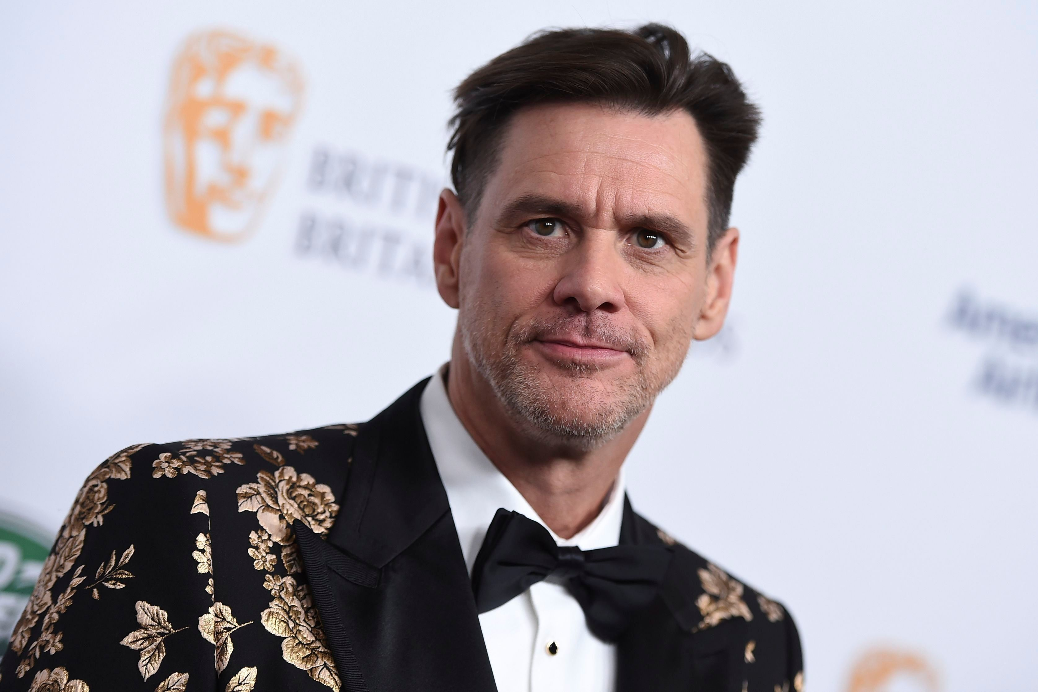 Carrey continues to use his politically-charged artwork to criticize the president.