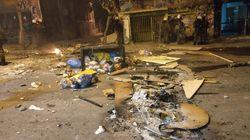 Εντυπωσιακές φώτο: Βομβαρδισμένο τοπίο η Τοσίτσα μετά τα επεισόδια στα Εξάρχεια