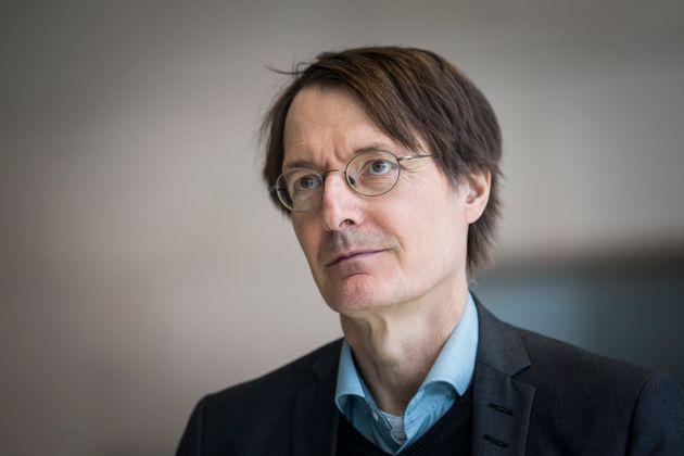 Der SPD-Gesundheitsexperte Karl Lauterbach sagt, Hartz IV sei wie ein Antibiotikum – aber das Fieber...