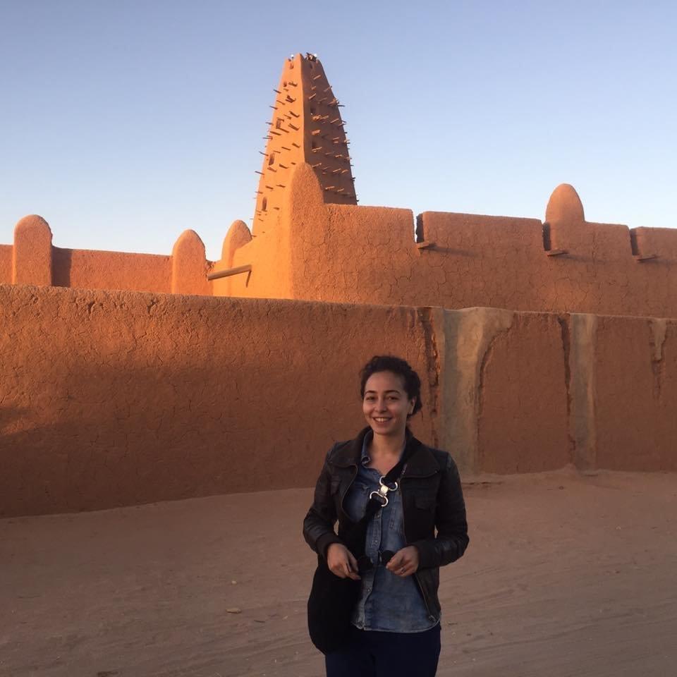 La journaliste algéro-tunisienne Ager Oueslati bloquée à l'aéroport
