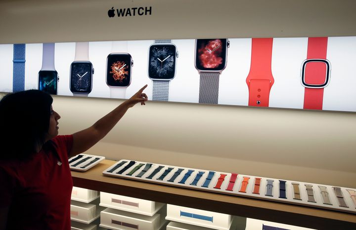 The Black Friday 2018 Apple Watch Deals Worth Tracking