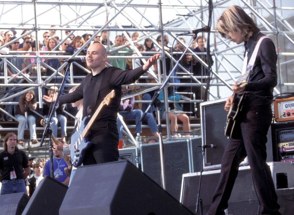 Corgan and Iha perform at the Tibetan Freedom Concert in 1996.
