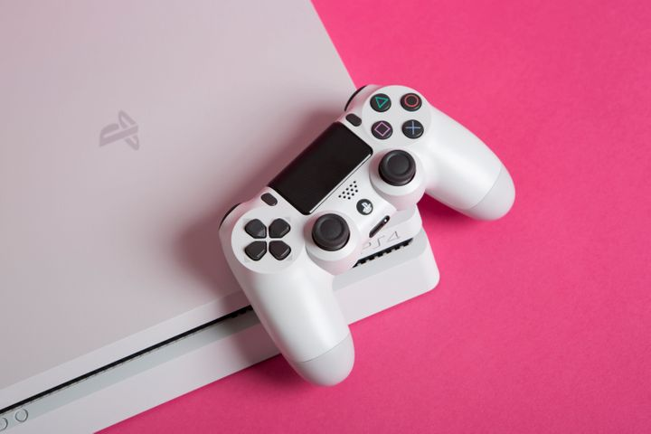 Where To Get The Best Cyber Monday Deal On A Playstation 4 Huffpost Life