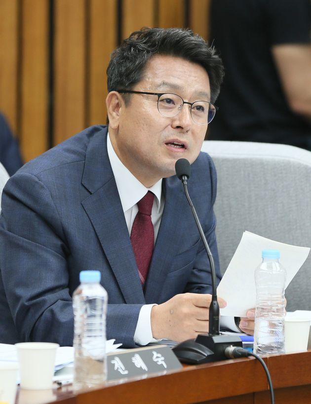 이철희 의원이 KBS 사장 청문회에서