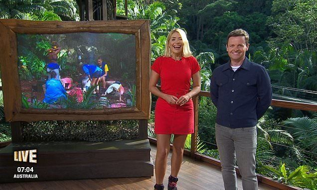 Holly Willoughby Proves 'I'm A Celebrity' Critics Wrong With Hilarious 'This Morning'