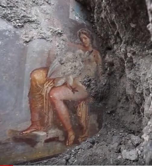 Πομπηΐα: Στο «φως» νωπογραφία για τον έρωτα της Λήδας και του