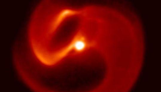 «Ετοιμοθάνατο» άστρο στον γαλαξία «απειλεί» με σπάνια έκλαμψη επικίνδυνων ακτίνων