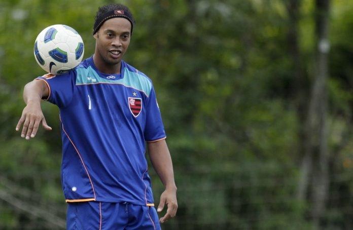 Ο Ροναλντίνιο έπαιξε μπάλα στη Φρανκφούρτη για φιλανθρωπικό