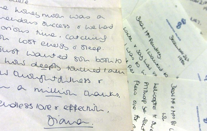 Even as a royal, Princess Diana was known to handwrite her thank-you notes.