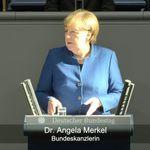Weidel wütet gegen die Regierung –danach bringt Merkel den Saal zum