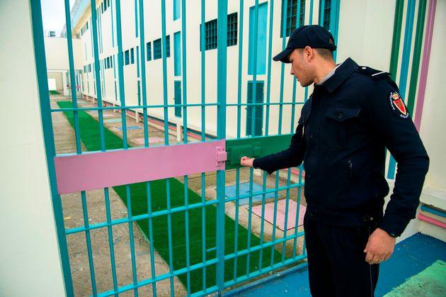 Un gardien de la prison de Oukacha à Casablanca, février
