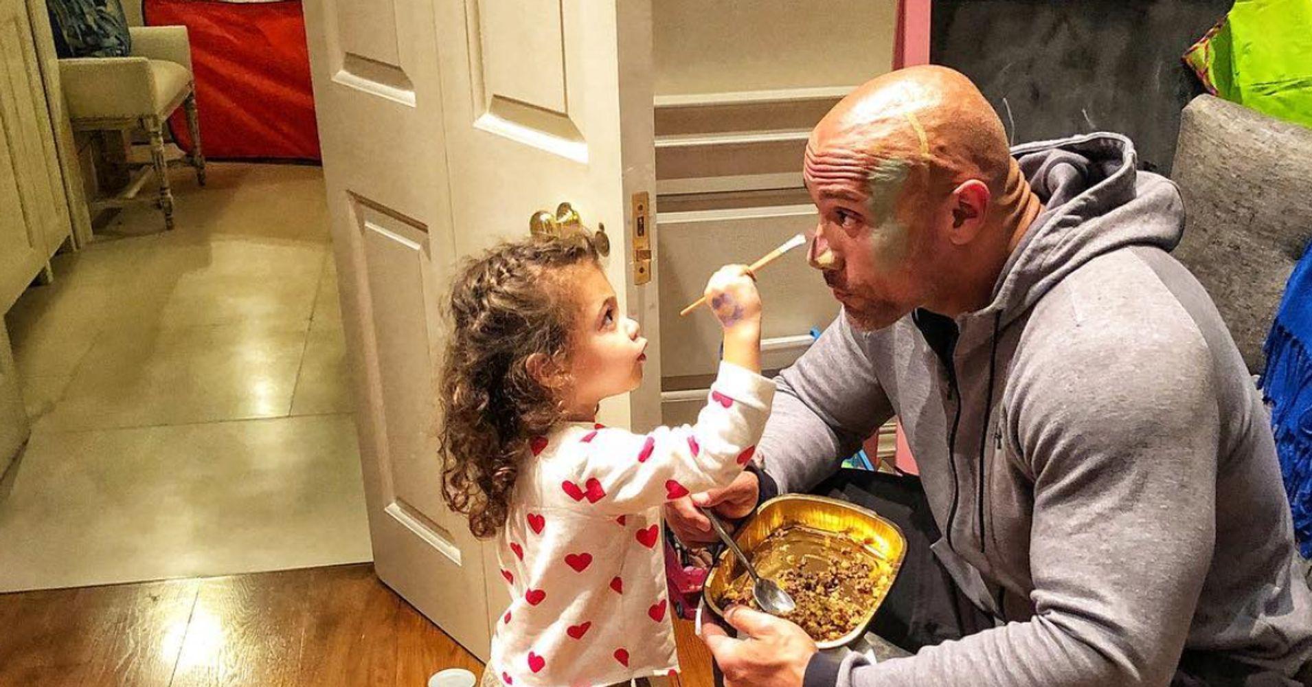 نتيجة بحث الصور عن The Rock and his daughter