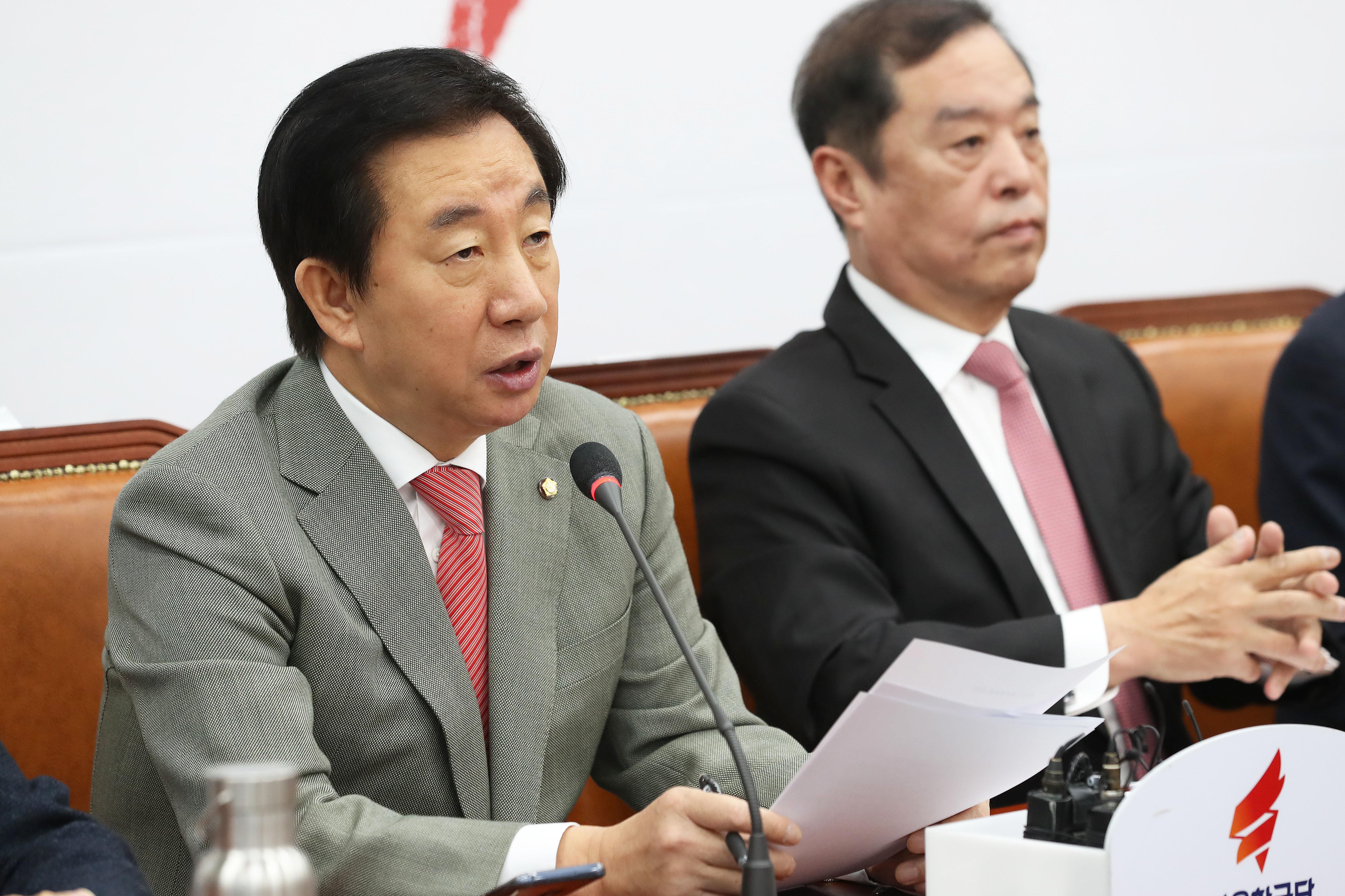 '타임 올해의 인물' 후보에 오른 문재인 대통령에 대한 김성태의