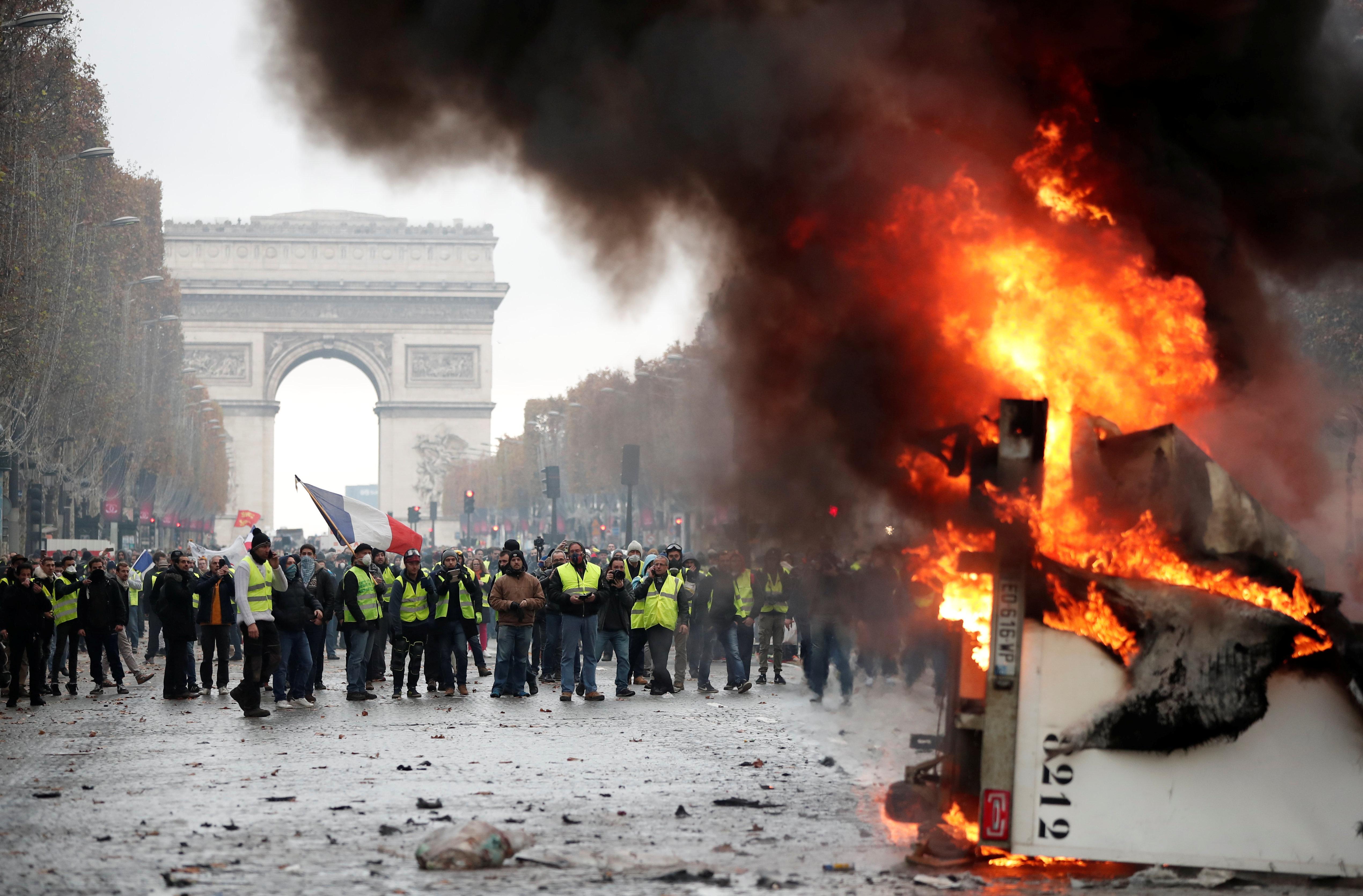 Ils ont choisi les Champs-Élysées —