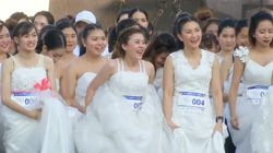 Couples Compete In Bangkok For Annual 'Running Of The
