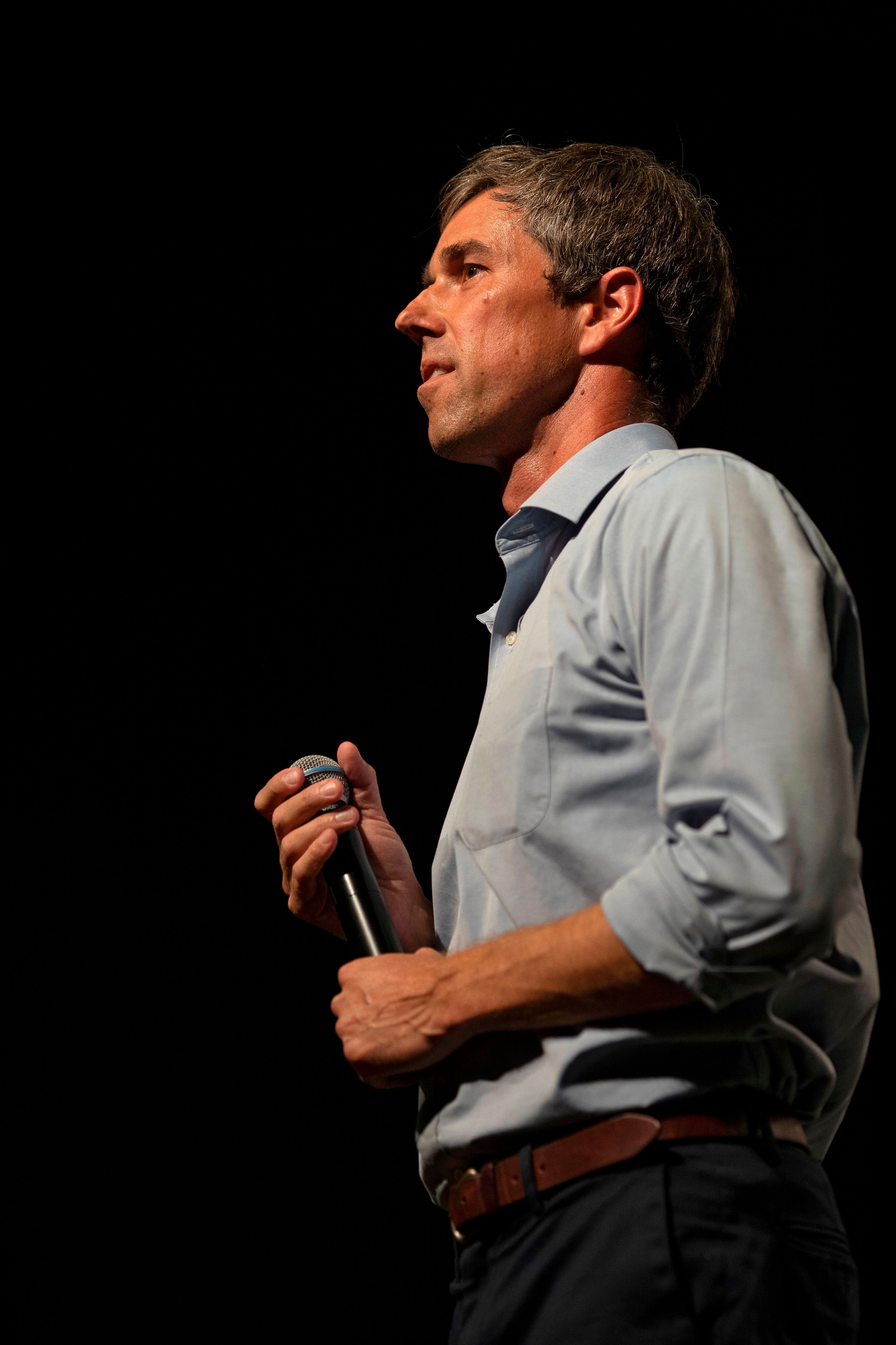 Rep. Beto O'Rourke (D-Texas) criticized tear-gassing migrants at the U.S.-Mexico border on Nov. 25 and urged more timely
