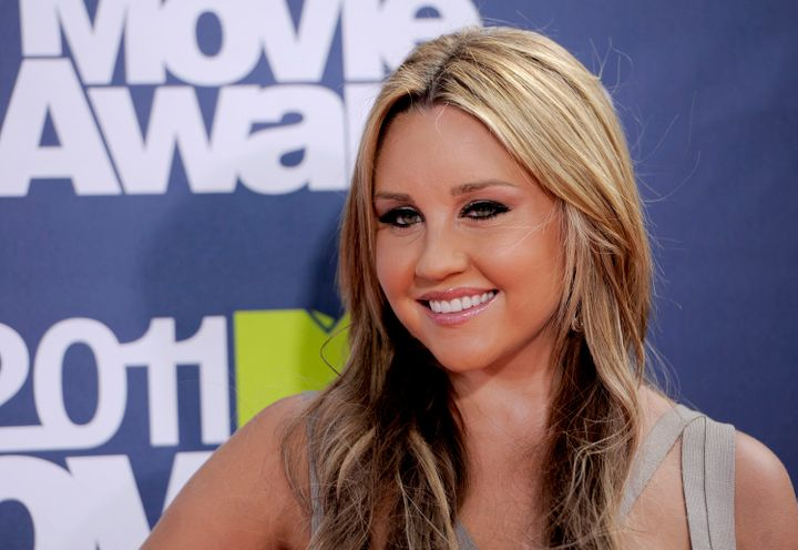 Amanda Bynes arrives at the MTV Movie Awards in Los Angeles on June 5, 2011.