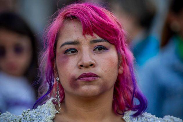25일 멕시코시티 거리에서 열린 국제 여성 폭력 추방의 날 시위
