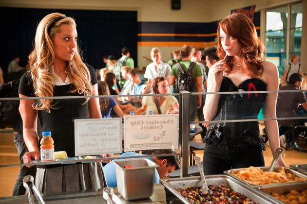 Amanda Bynes with Emma Stone in 'Easy