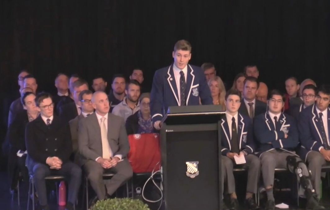 Teen Receives Standing Ovation After Coming Out As Gay To Catholic