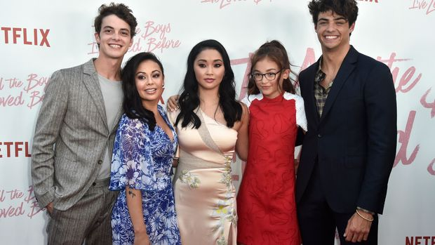 CULVER CITY, CA - AUGUST 16:Israel Broussard, Janel Parrish, Lana Condor, Anna Cathcart and Noah Centineo  attend the Screening Of Netflix's 'To All The Boys I've Loved Before' at Arclight Cinemas Culver City on August 16, 2018 in Culver City, California.  (Photo by Frazer Harrison/Getty Images)