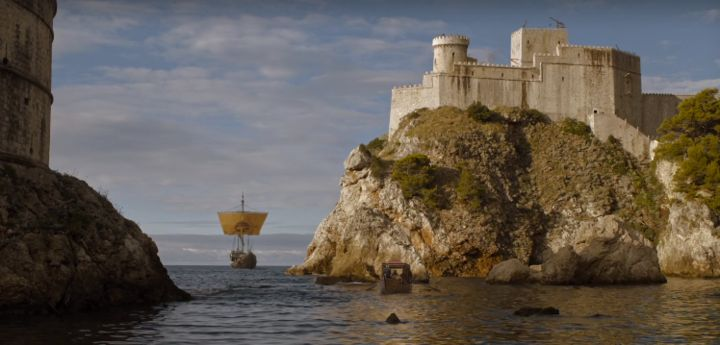 """From """"Game of Thrones"""" <a href=""""https://www.huffpost.com/entry/game-of-thrones-season-6-premiere_n_571bd173e4b0d912d5fedca0"""">"""