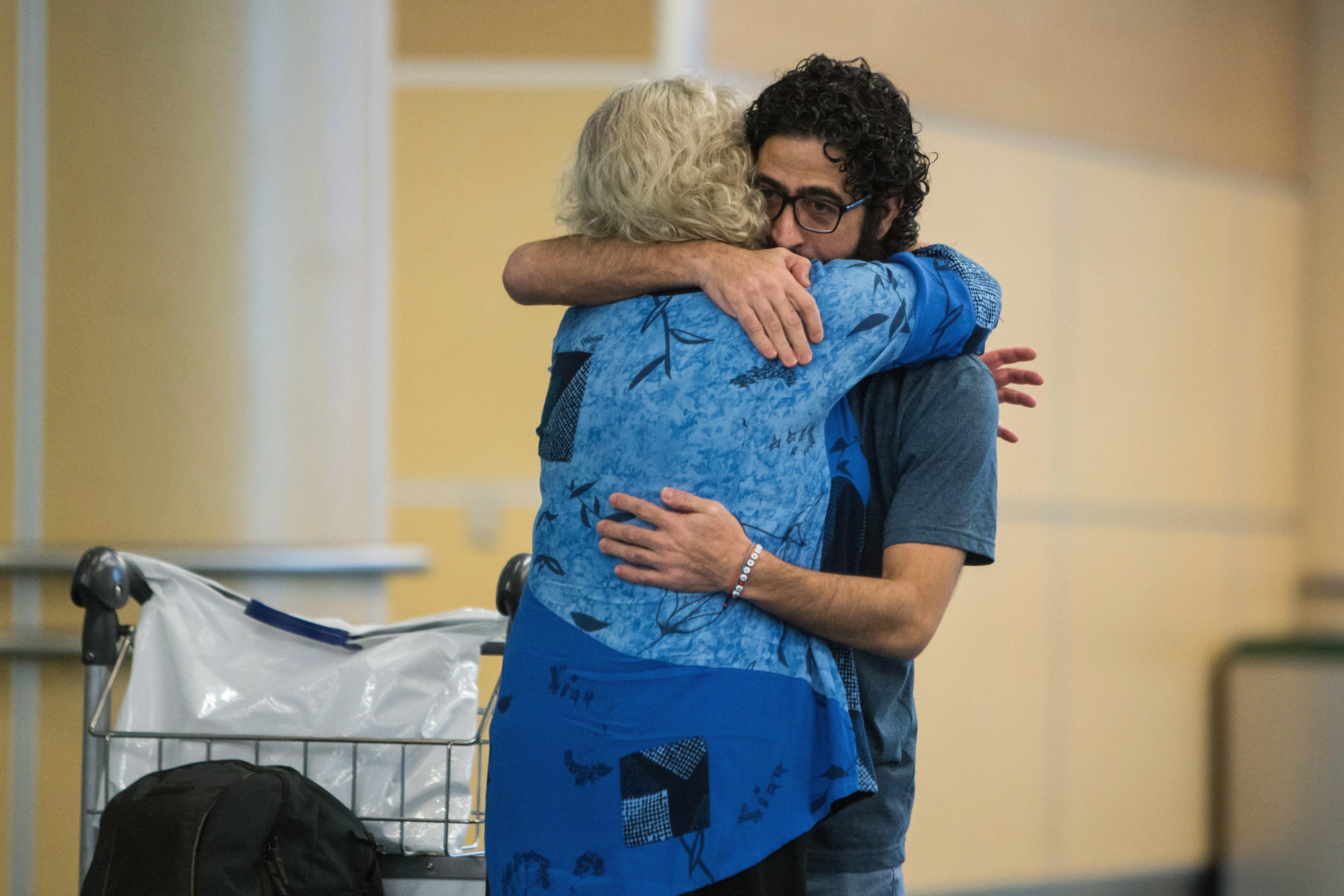 국제공항에서 7개월을 산 시리아인에게 드디어 갈 곳이