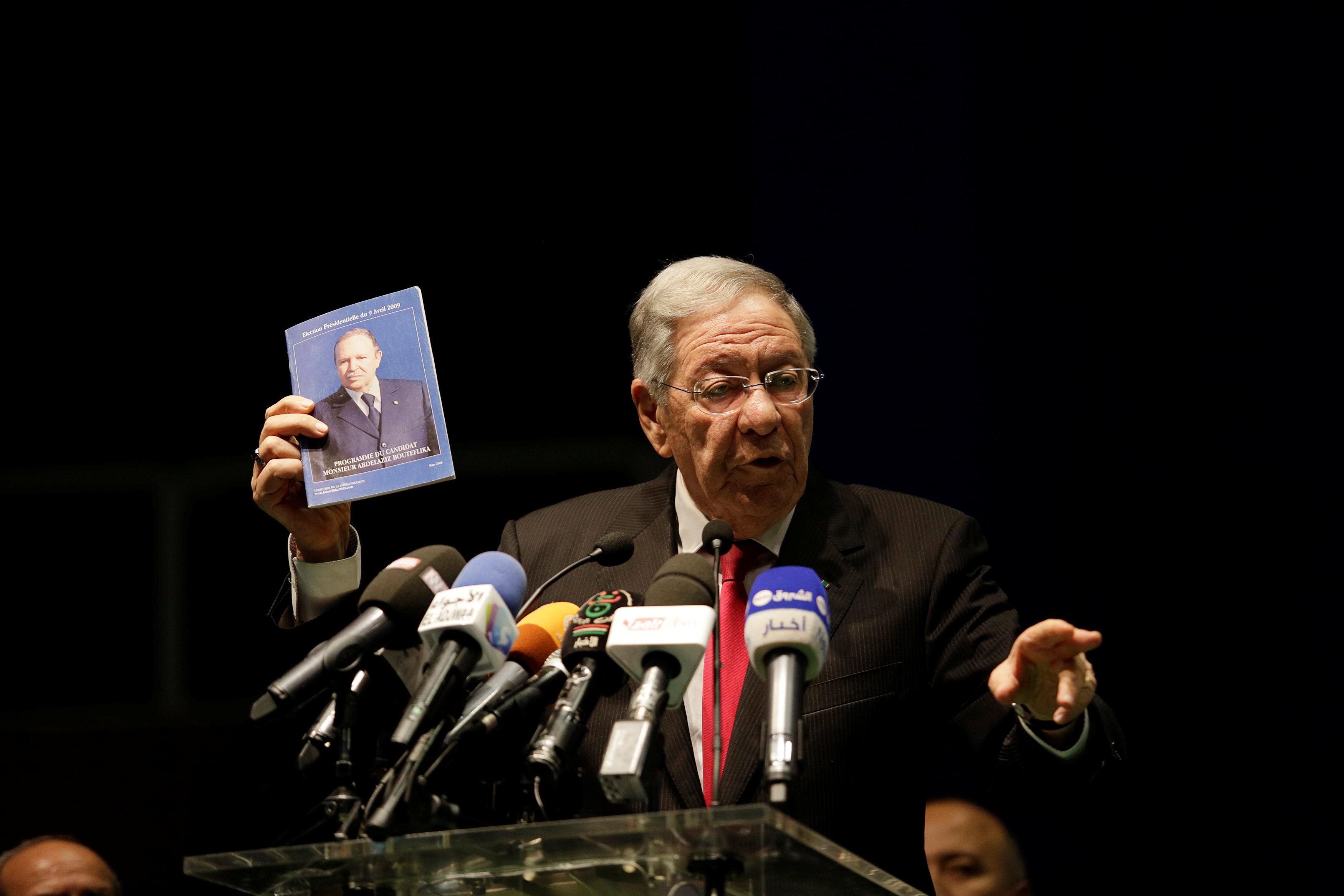 Dégagisme FLN: Ould Abbès et le BP n'avaient pas le code, ils ont été